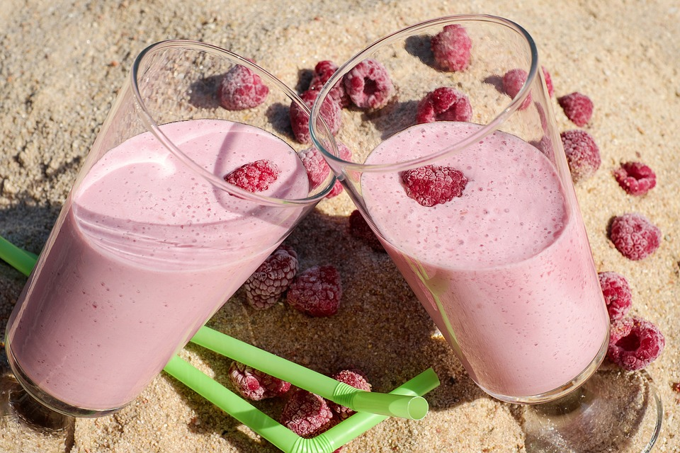 Pamper yourself - with a strawberry smoothie or strawberry massage
